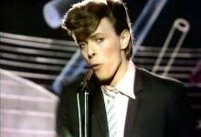 David Bowie – Boys Keep Swinging