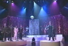 David Bowie – Live on The Arsenio Hall Show 1993 (3 songs)