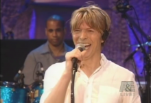 David Bowie – Live By Request (NYC, 2002)