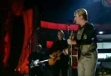 David Bowie with Arcade Fire, Five Years at Fashion Rocks (2005)