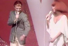 David Bowie – Young Americans Medley with Cher on The Cher Show (1975)