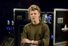 David Bowie presents MTV video vanguard award (1987)