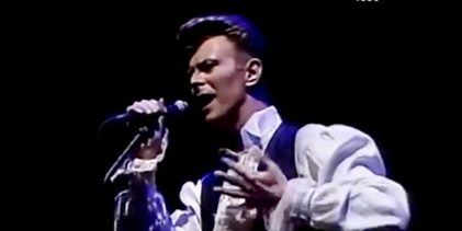 David Bowie – Ashes To Ashes (Lisbon, 1990)