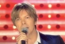 David Bowie – Everyone Says 'Hi' (French TV, 2002)