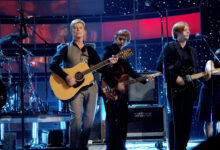 David Bowie with Arcade Fire – Five Years at Fashion Rocks (2005)